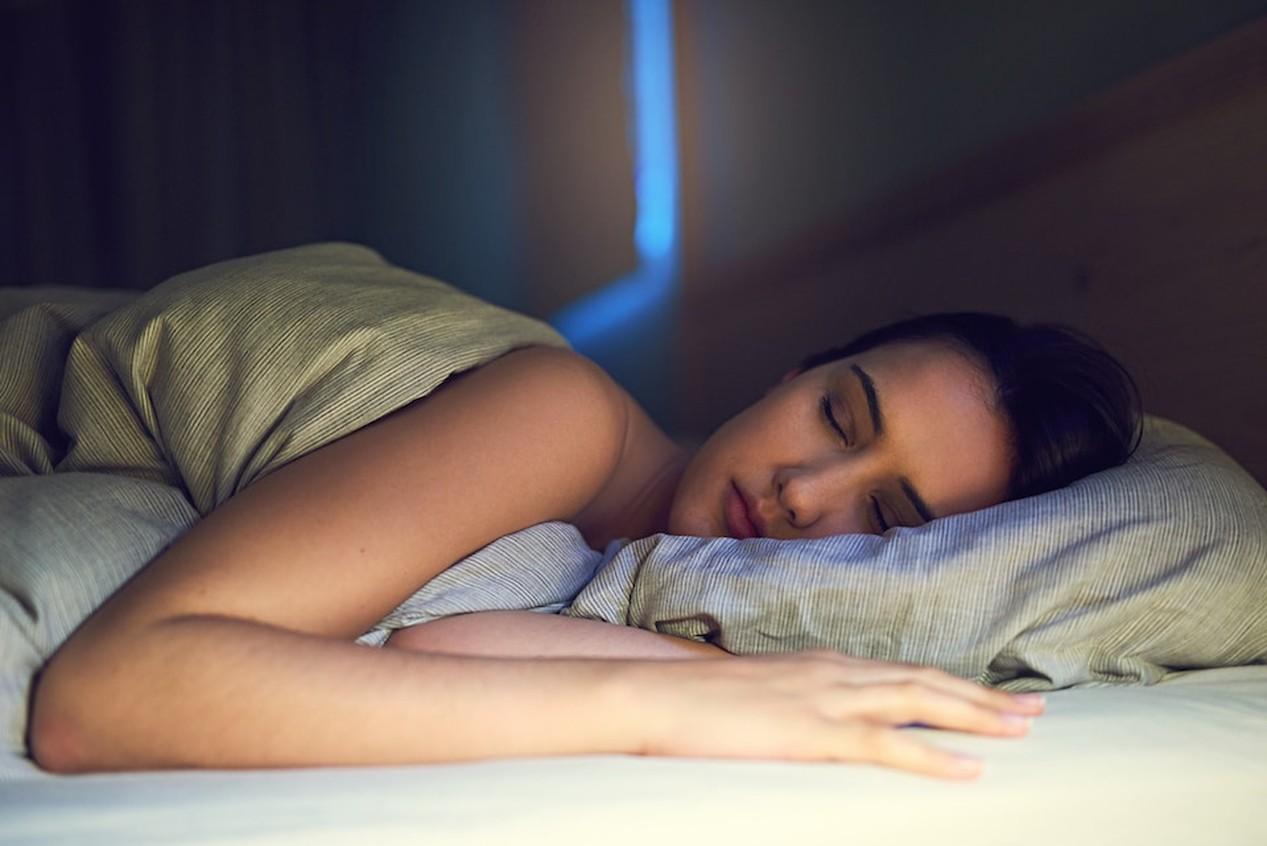 3 Health Benefits for Using Your AC While Sleeping