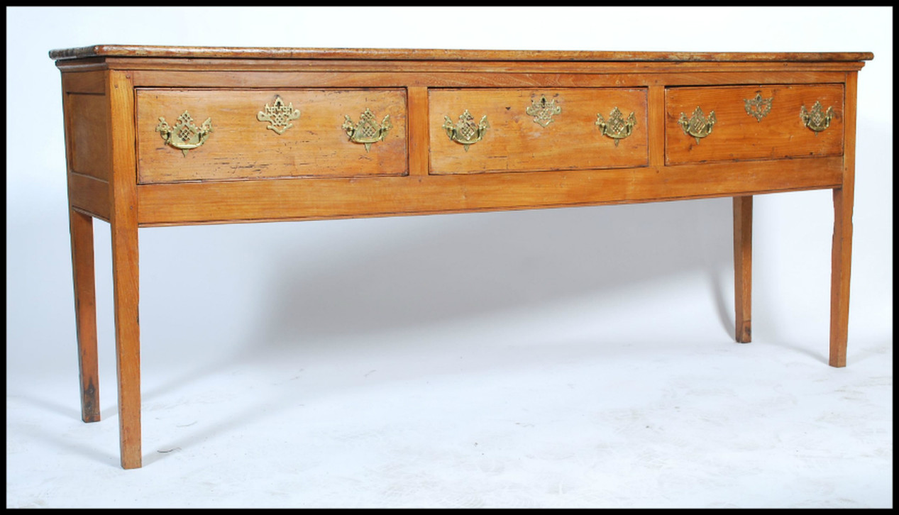 Antique Oak Furniture, English Antique Furniture, Antique Country Painted Furniture: David Swanson Antiques, UK