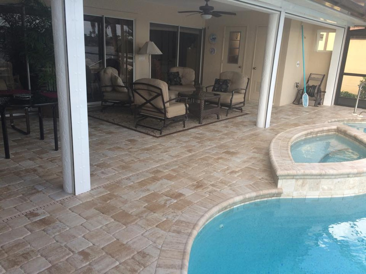 Patio & Pool Deck Pavers