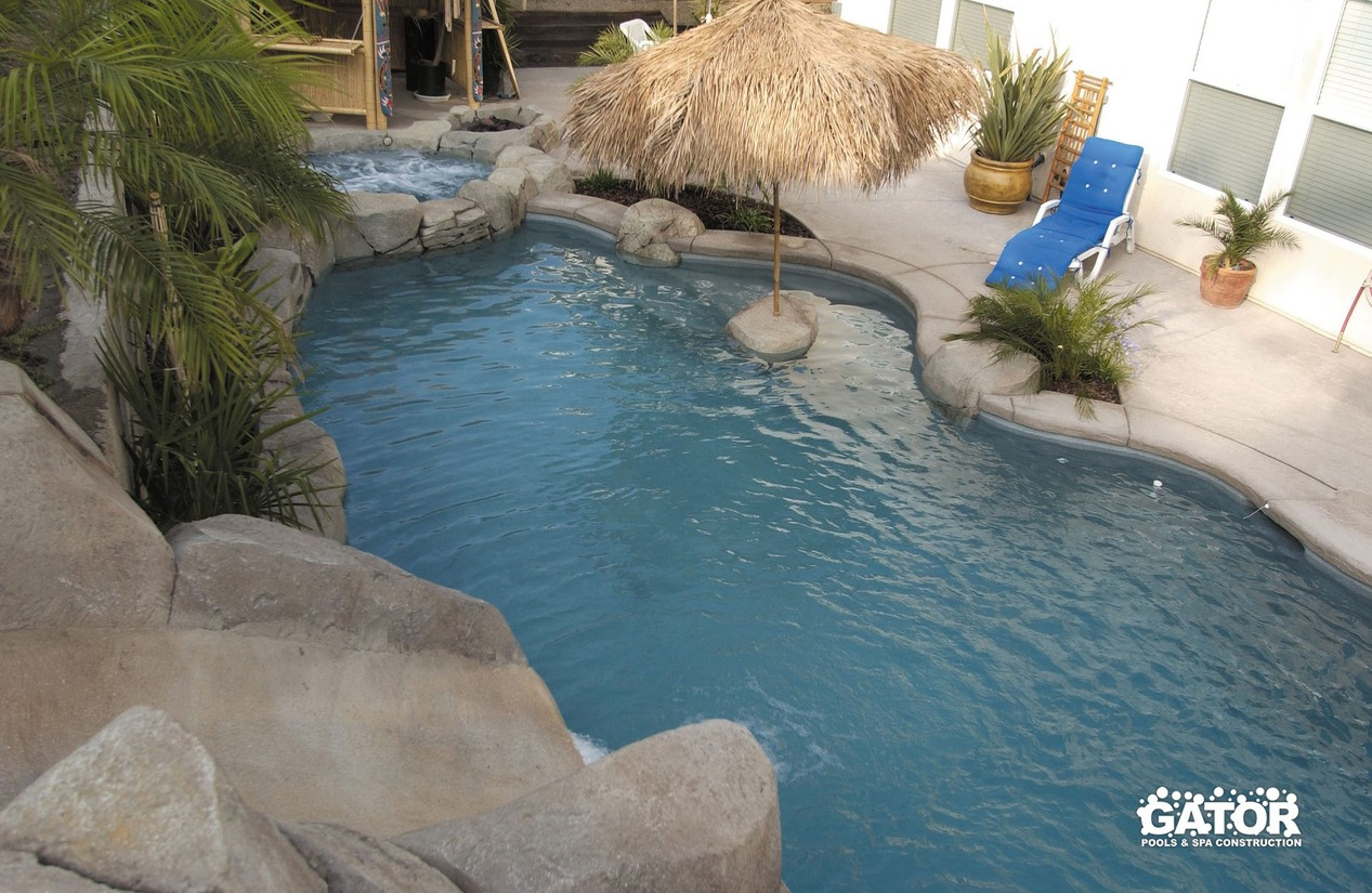 Custom Concrete Pools