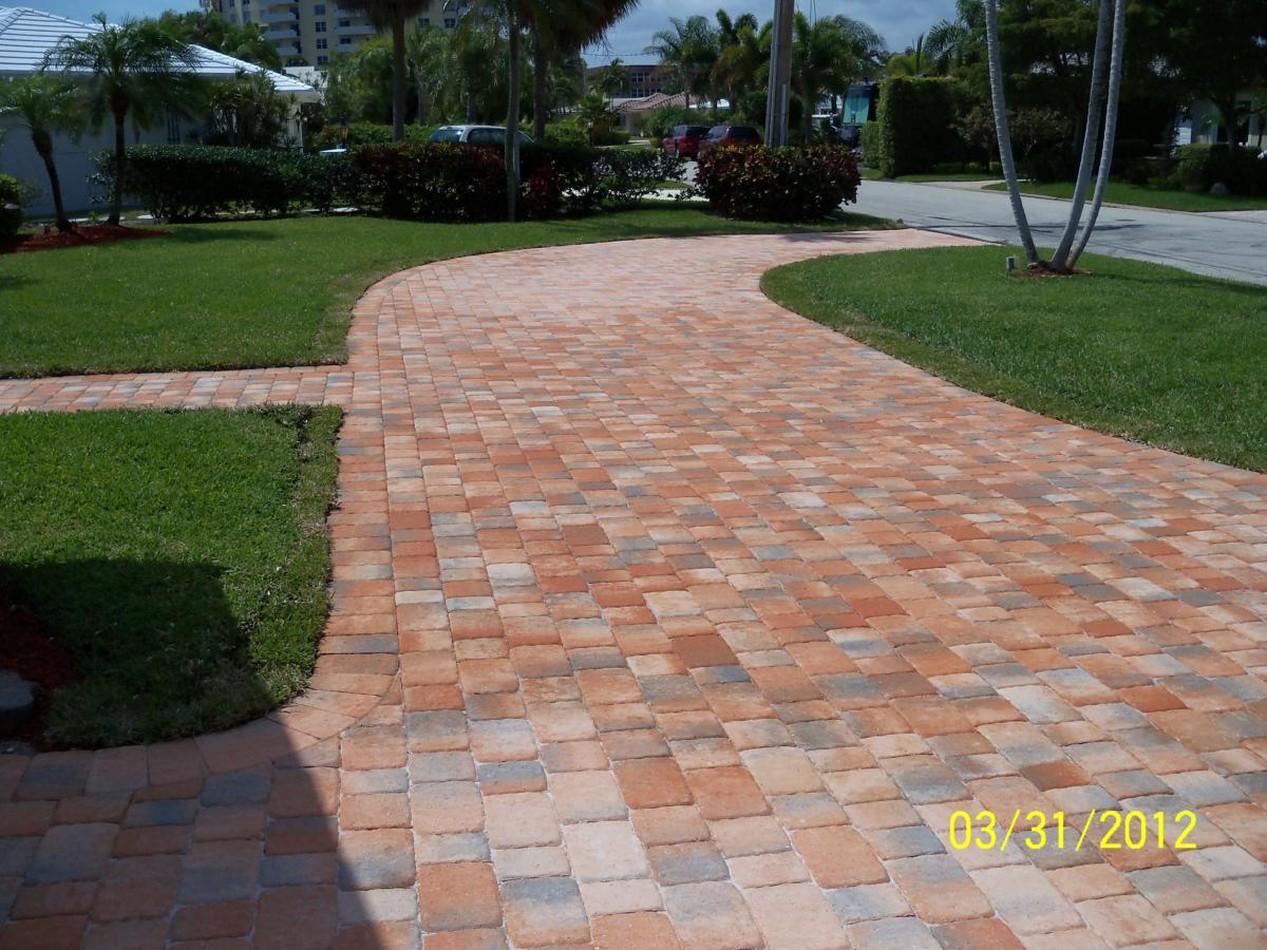 PoolDecks&Patios|NationalBrickPavers