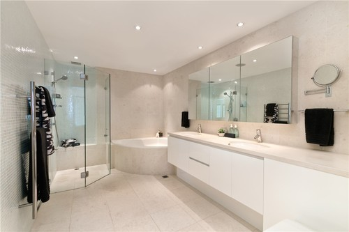 After & Before - Bathroom Remodeling | Bath Fitters South Florida LLC