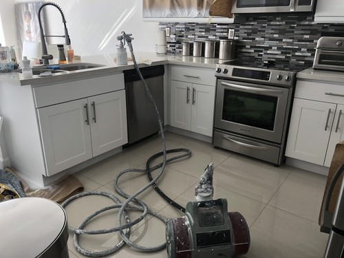 KitchenRefinishing|UnlimitedPaintingSolutions