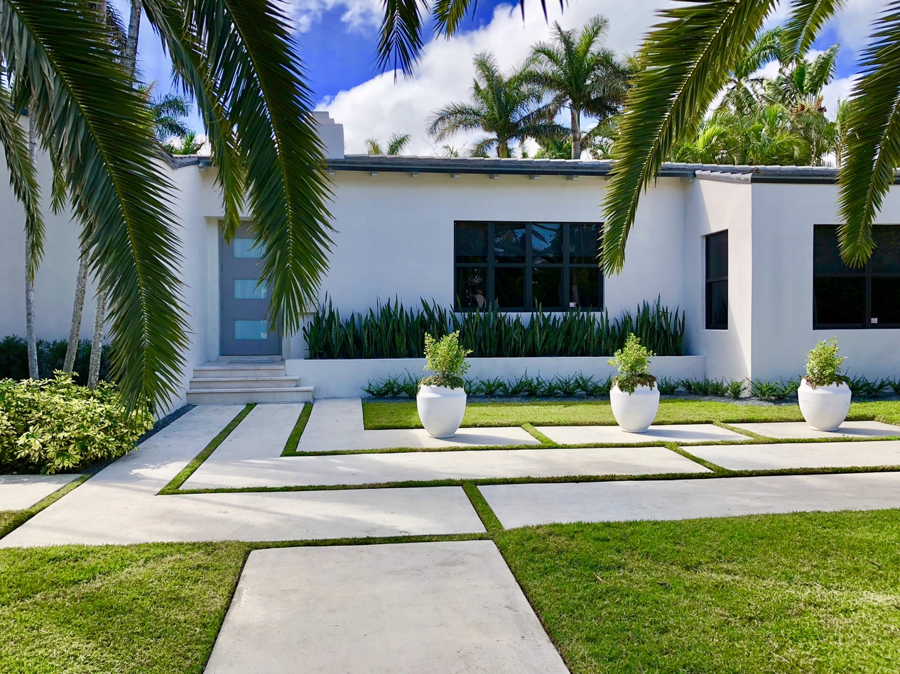Designer Concrete Slabs & Artificial Turf