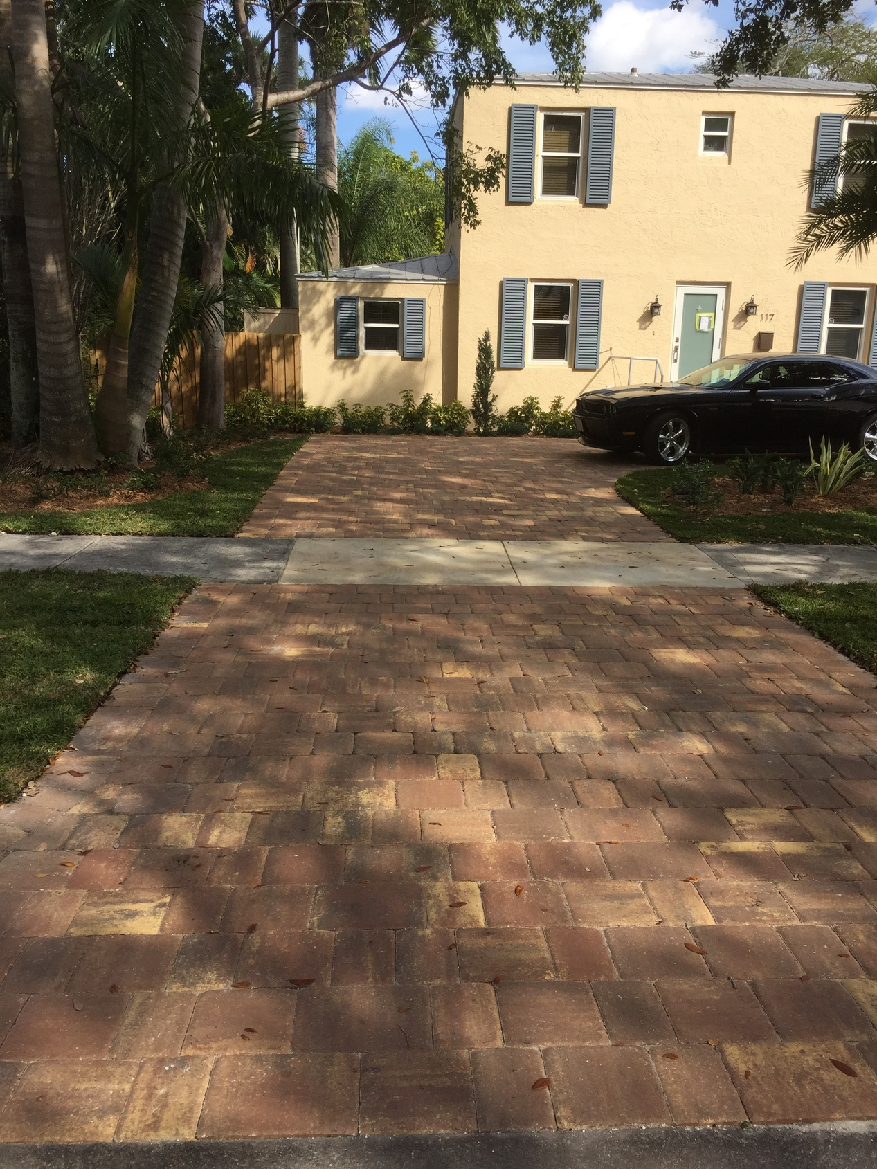 Driveway Re-design - Mega Olde Towne Pavers Autumn Blend inspiration
