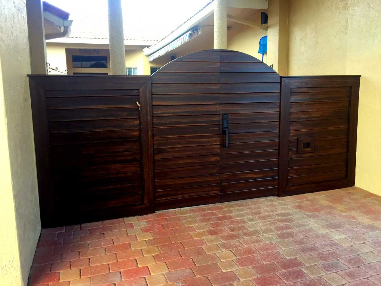 Faux Wood Finish- Patio Ceiling & Gate